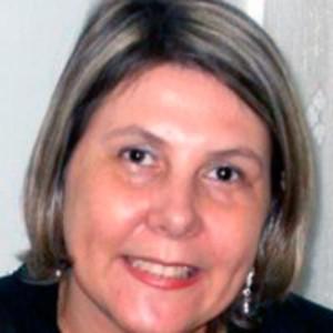 Dra. Maria de Mello.