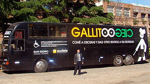 Foto do ônibus restaurante Gallito Ciego.